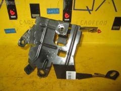 Крепление аккумулятора на Mercedes-Benz E-Class W211.070 A2115454840