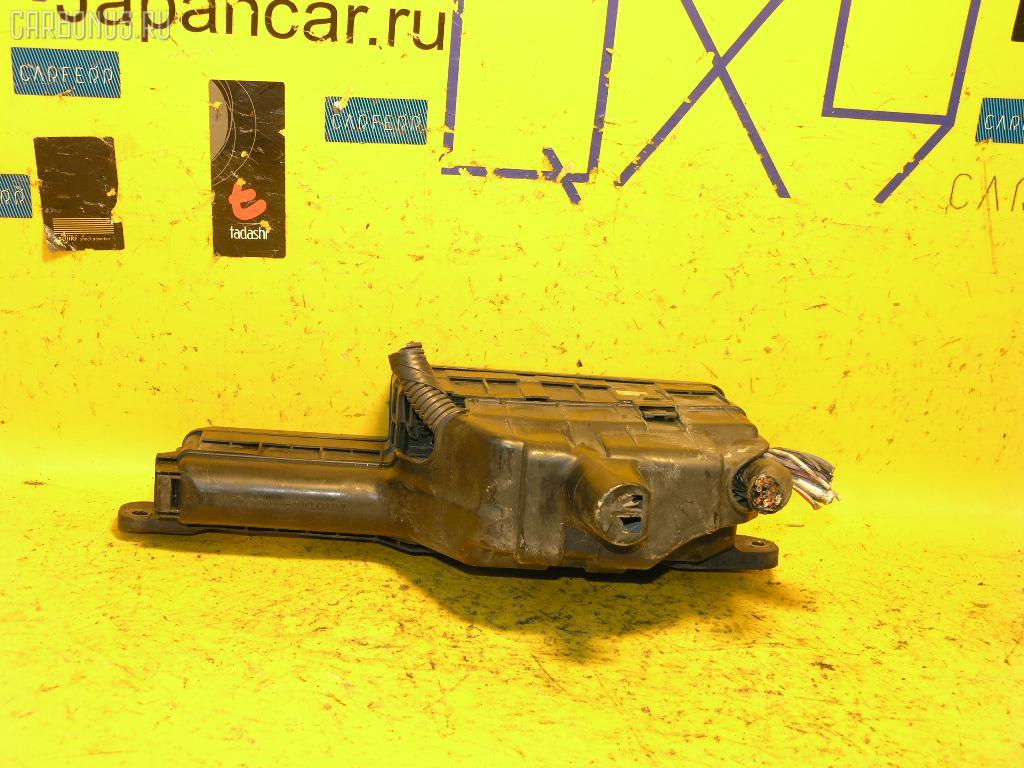 Блок предохранителей TOYOTA CARINA ST215 3S-FE. Фото 2