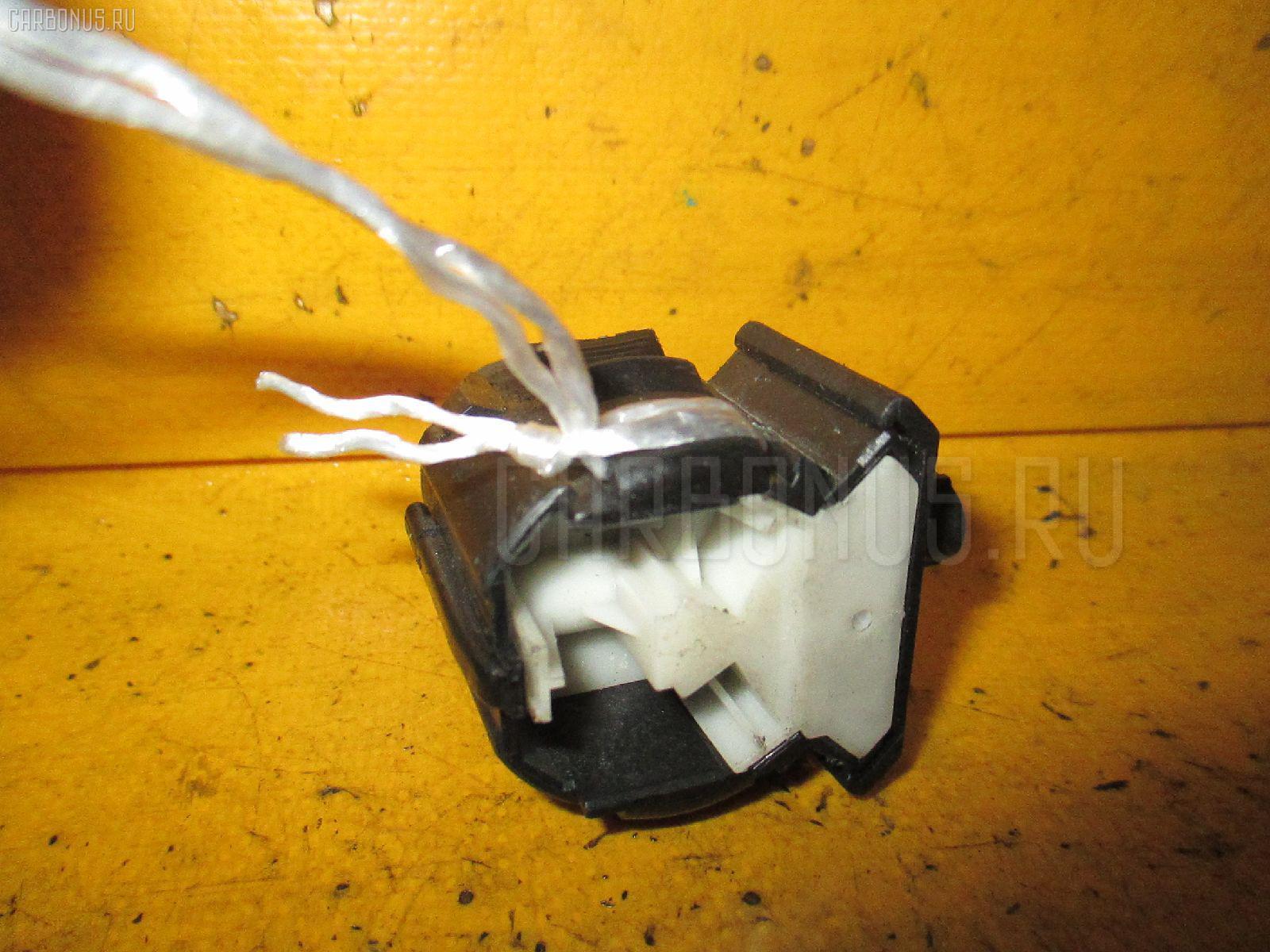 Выключатель концевой MERCEDES-BENZ E-CLASS W210.072 Фото 2
