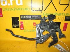 Педаль подачи топлива ISUZU ELF NHS69E 4JG2 Фото 1
