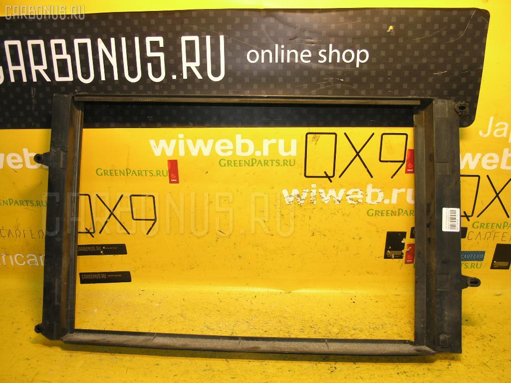 Диффузор радиатора VOLVO V70 II SW B5244S Фото 1