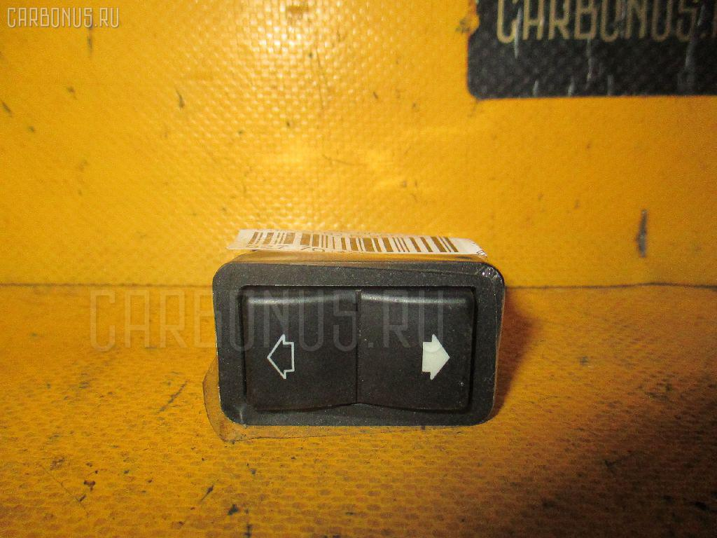 Блок упр-я стеклоподъемниками BMW 7-SERIES E38-GF62 Фото 1