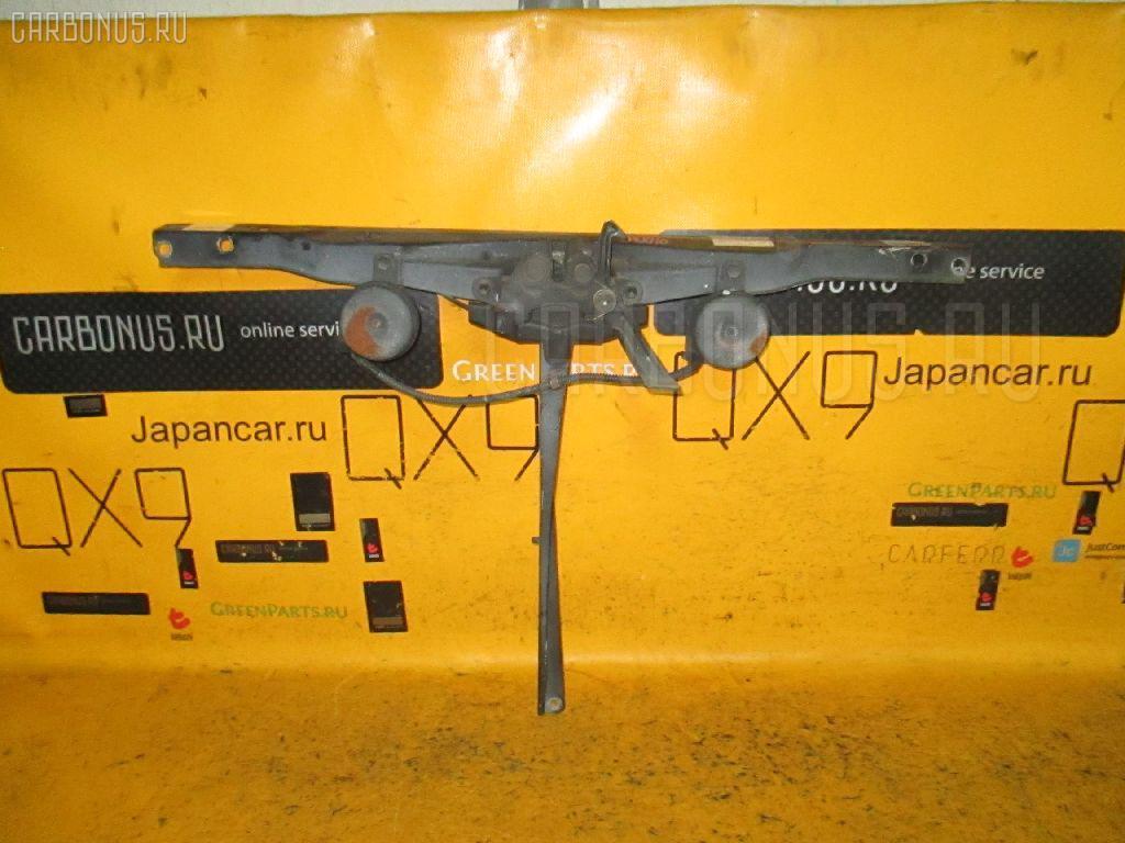 Планка телевизора TOYOTA MARK II JZX110 1JZ-FSE. Фото 3