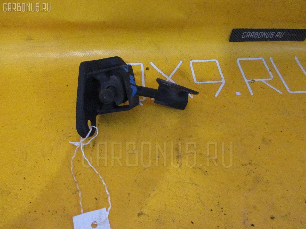 Крепление глушителя NISSAN X-TRAIL NT30 QR20DE Фото 1