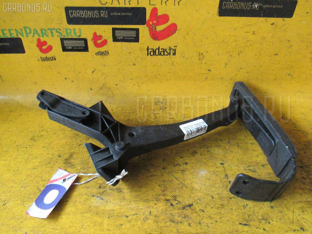 Педаль подачи топлива MERCEDES-BENZ E-CLASS W210.072 119.980 Фото 1