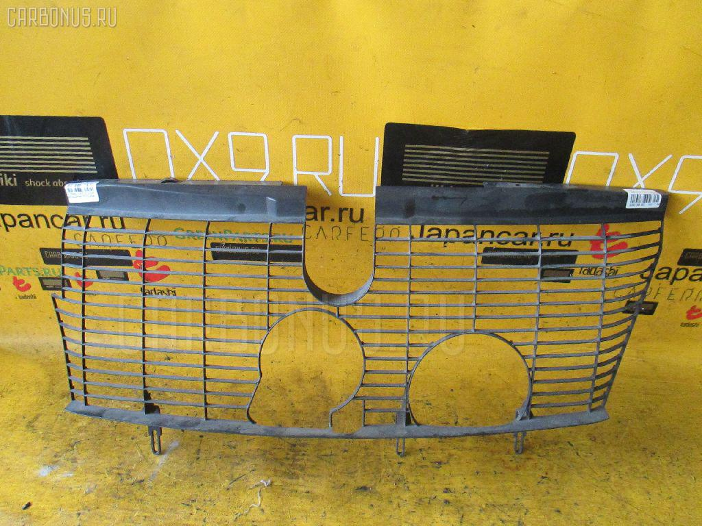Решетка радиатора MERCEDES-BENZ E-CLASS W210.072 Фото 1