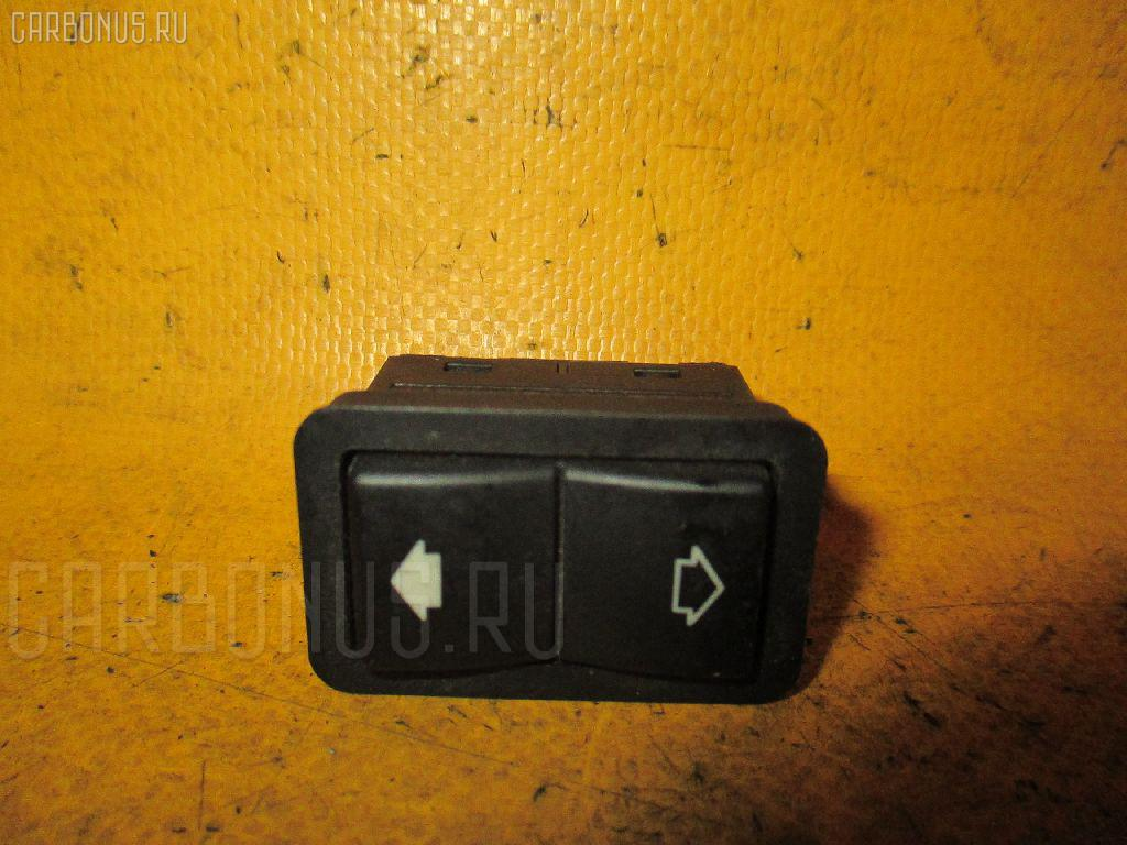 Блок упр-я стеклоподъемниками BMW 7-SERIES E38-GJ01 Фото 1