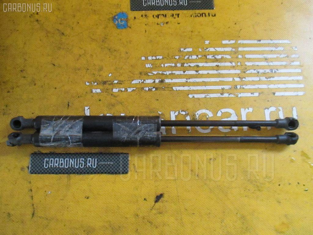 Амортизатор капота Bmw 5-series E39-DD62 Фото 1