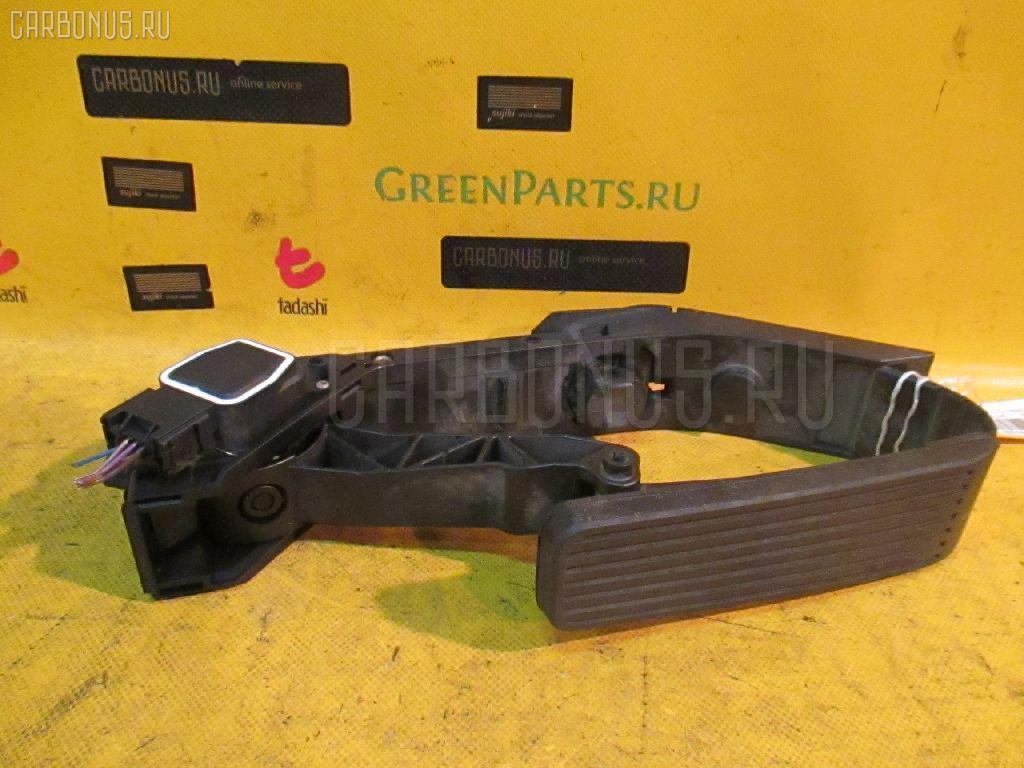 Педаль подачи топлива Mercedes-benz C-class station wagon S203.245 111.955 Фото 1
